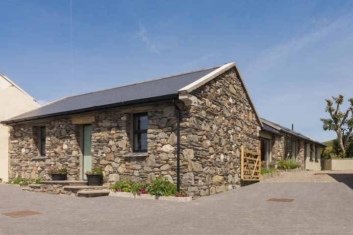 Surby Croft Five Star Self Catering in the country