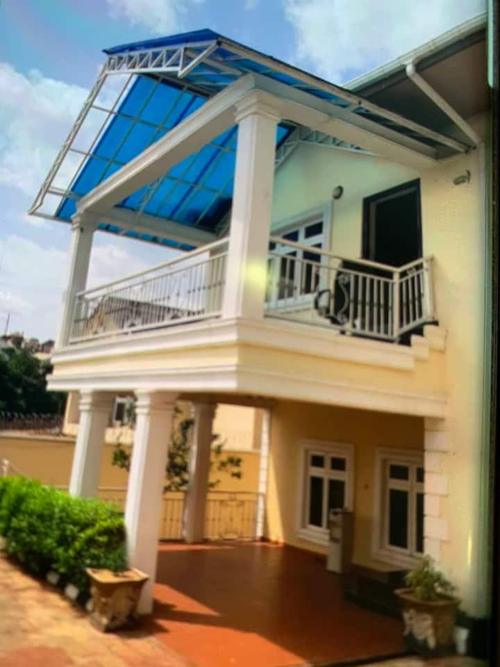 A LUXURY HOME Located in a prestigious area