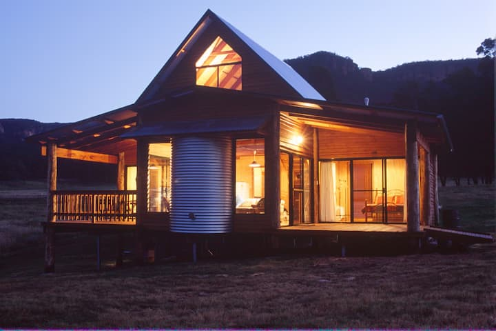 BLUE MTS VIEWS @ ECO WOOLSHED 2bdrm