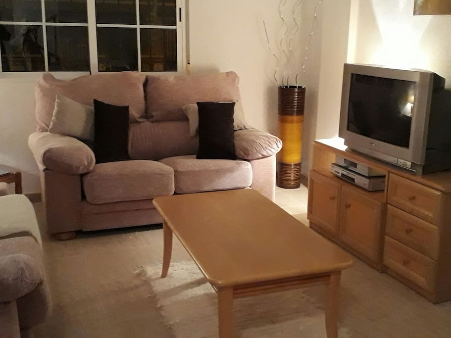 cosy living room great and spacious.