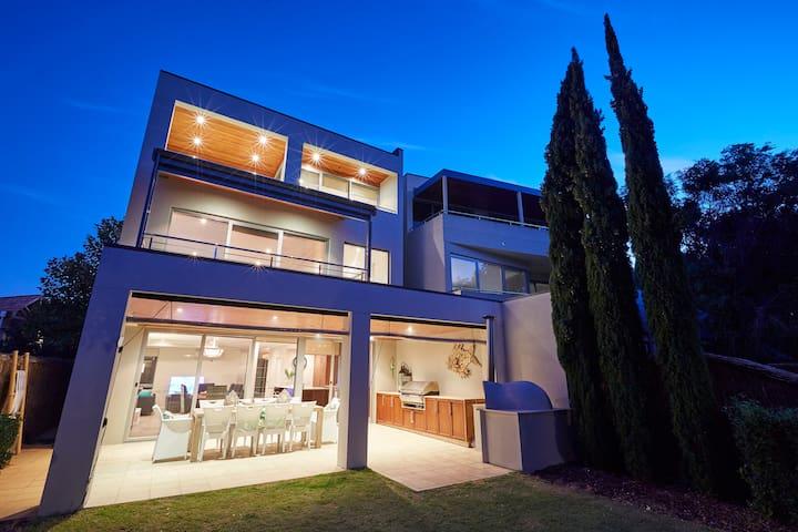 The Bay Residence, Dunsborough, Western Australia