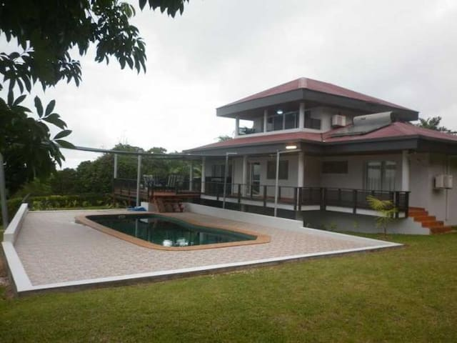 Executive Style - Port Vila  - House