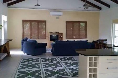 Vailima House - Apia - Casa