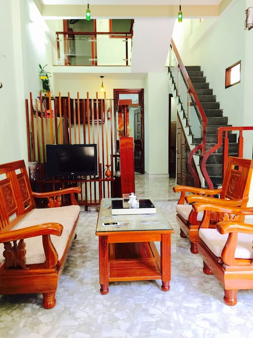 Full furniture with wooden design