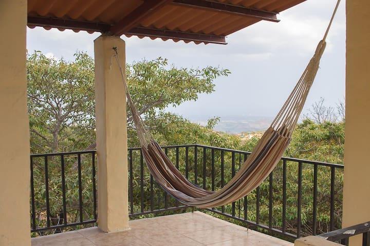 Casa con hermosa vista vía La Laguna d San Carlos