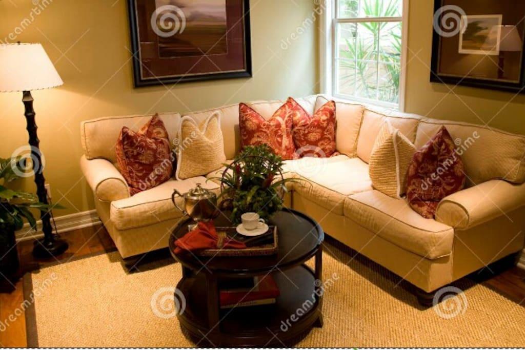 Espacio acogedor del la casa de habitación disponible para el huésped y su comodidad