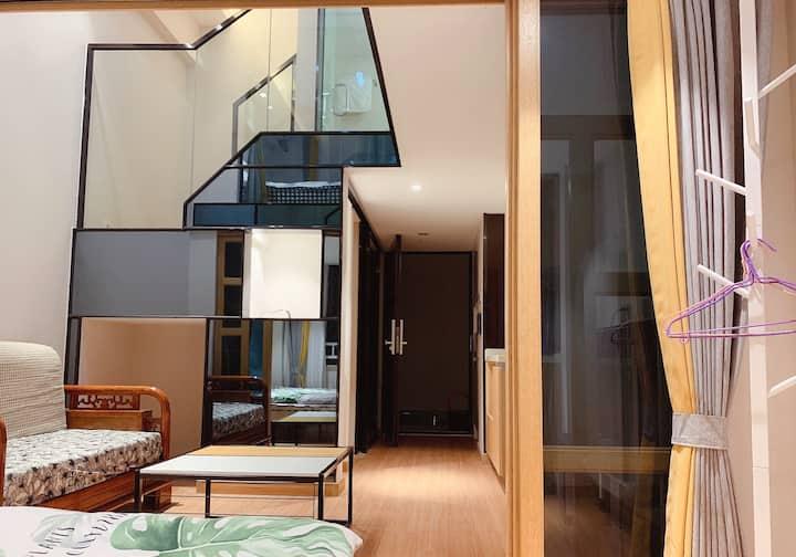 环球影城 欢乐谷 京东总部附近 简约复式公寓