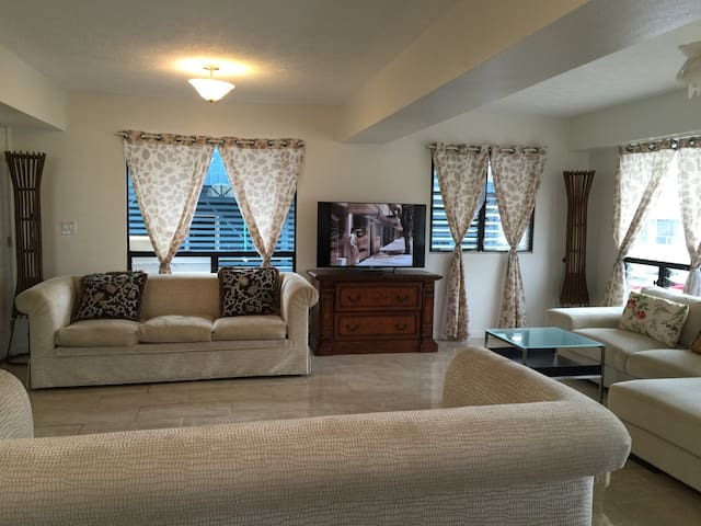 Quiet and Central home location 2/2 - Waipahu - Haus