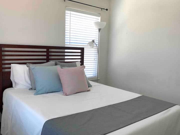 Premium Woodland Private Suite 1 BR Queen Bed