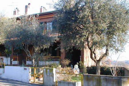 casa accogliente tra colline e mare - Mondolfo - Haus