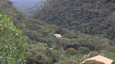 Villa Teresa, Nor Yungas, La Paz, Bolivia.