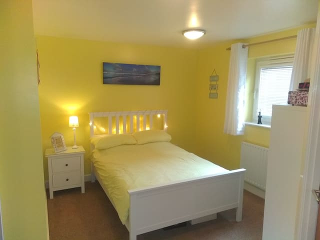Gunwharf Quays Luxury Double Room with en-suite