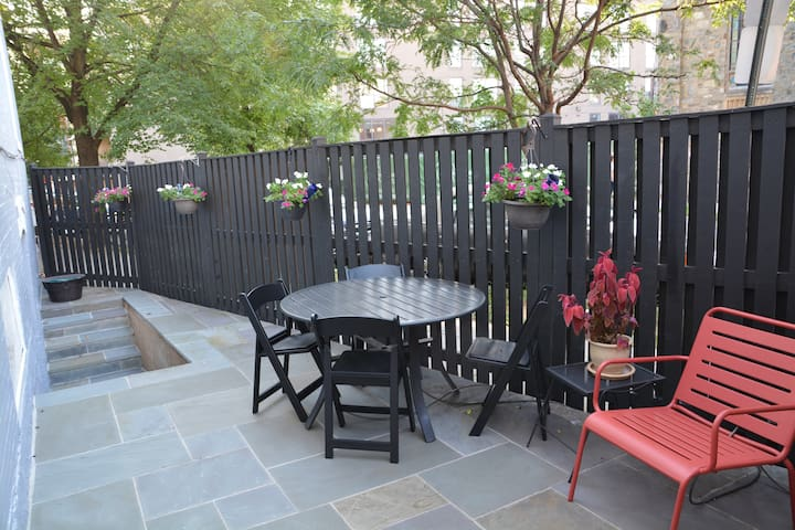 Side Patio for Apartment Guests