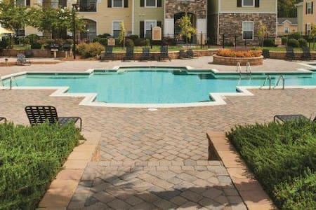 Brier Creek Luxury Apartments - Raleigh