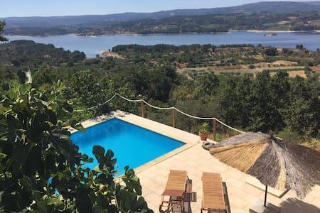 Casa da Gininha - Com piscina - Hus