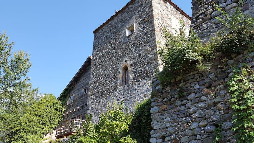 Guesthouse & Garden St. Zeno Castle - Tirol - Kasteel
