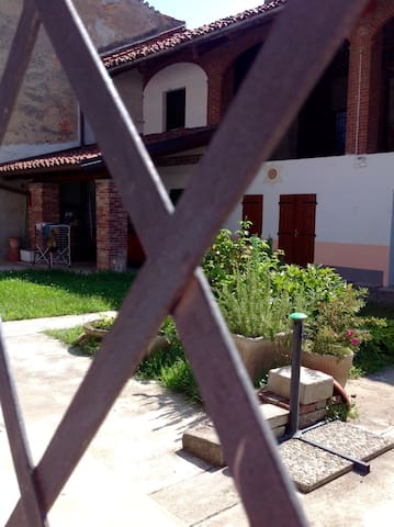 Stay in real home in the depths of Canavese