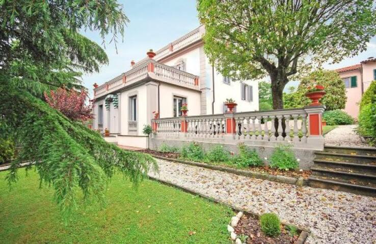 Villa degli Usignoli - Ponzalla - Villa