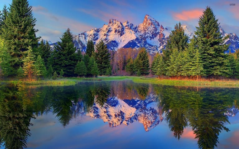 You'll be only 45 minutes to an hour away from the majestic Grand Teton National Park.