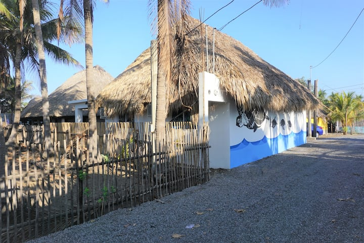 Casa America, El Paredón Beach House