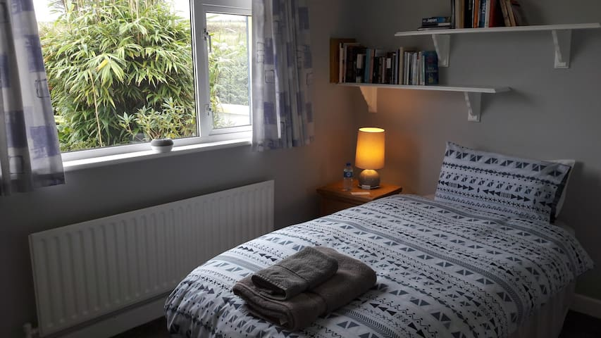 Cosy single room with patio view #1  Kinsale.