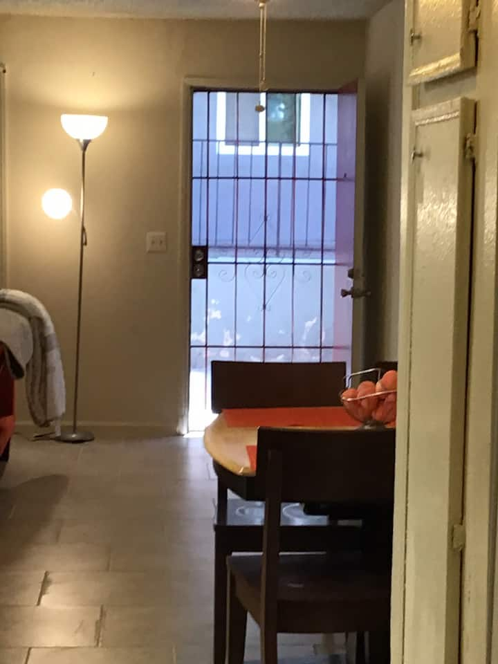(12) 1BR/1BA 15 minutes away from everything in SD