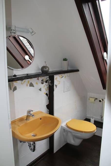 Kreative Mosaikarbeiten im Bad!