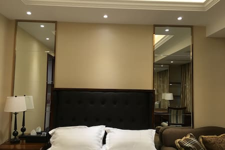 舒适美式酒店式公寓,地铁2号就在附近,到达西湖景区直线距离只需20分钟,机场只需15分钟 - Hangzhou - Apartmen