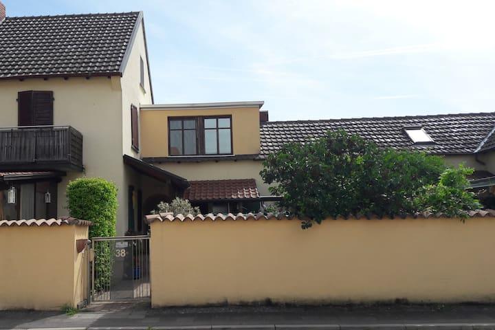 Neu renovierte Ferienwohnung Nähe Speyer