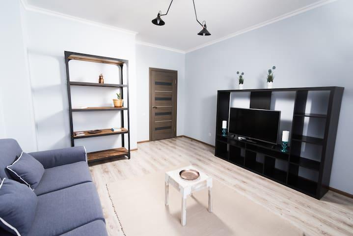 The Room: apartment #35 - Astana