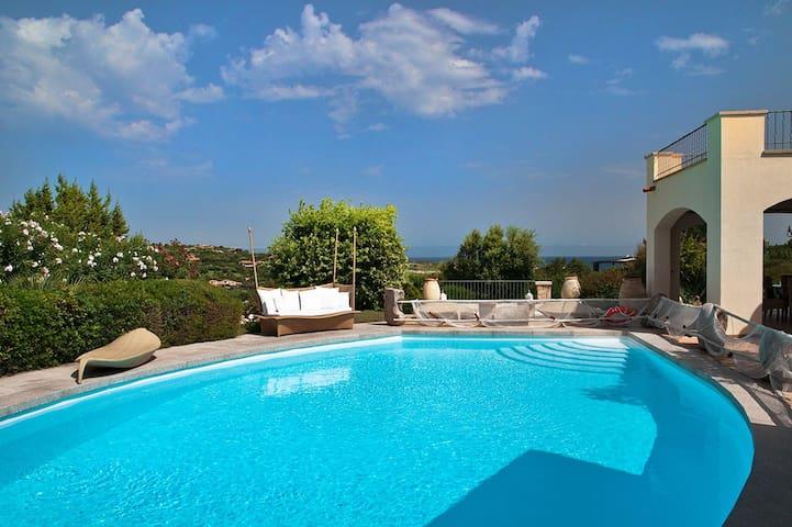Villa La Breeze