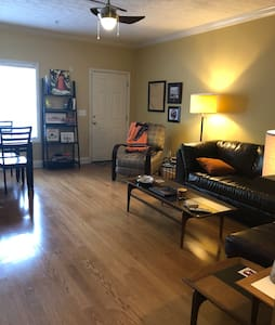 Auburn First Floor Condo Close to Campus