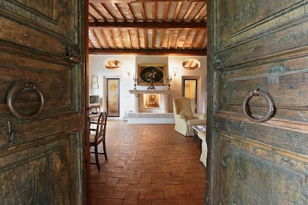 An ideal way to live Rome: from the countryside - Villa