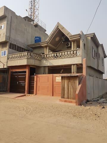 Logement pour séjour paisible à Cotonou - Cotonou - Huis