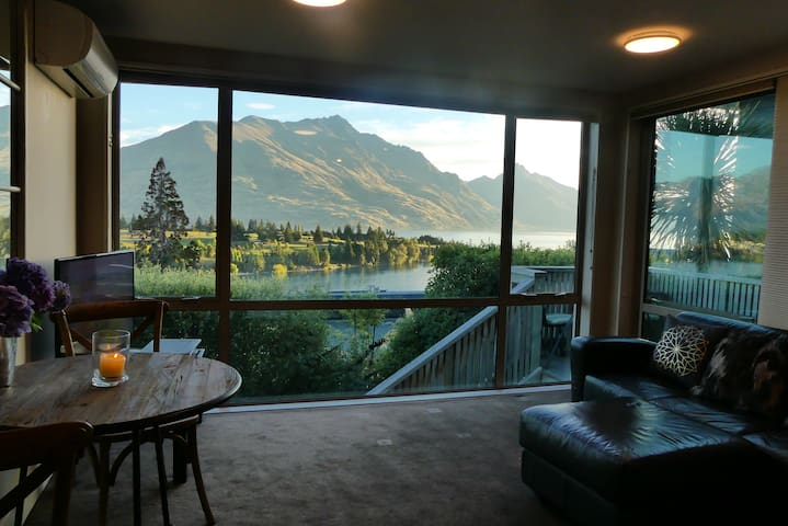 Perfect on Panorama -Apartment - SPECTACULAR VIEWS - Queenstown - Apartment