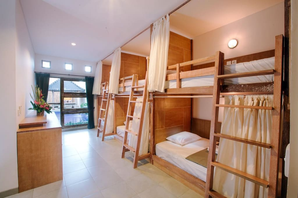 Dormitory Mixed - 6 Beds