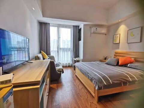万达中心广场单身情侣公寓精致田园风装修舒适大床#限时低价倒计时#