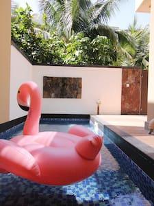 清凉伊夏两卧泳池别院 海棠湾|宜住4人 私人泳池 可做饭 近蜈支洲岛、梦幻不夜城、亚特兰蒂斯、免税店