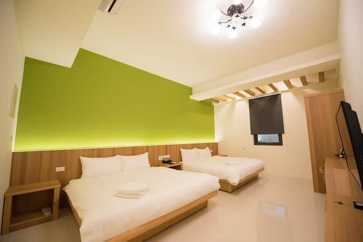 Flagship Room- [two double beds for 2-4 people]