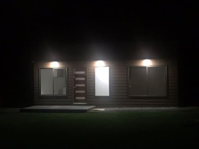 Acogedora y luminosa cabaña, en entorno tranquilo