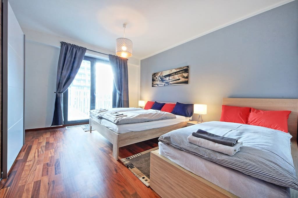 Spacious new apartment for 4 people (1 double bed and a single bed in the bedroom)