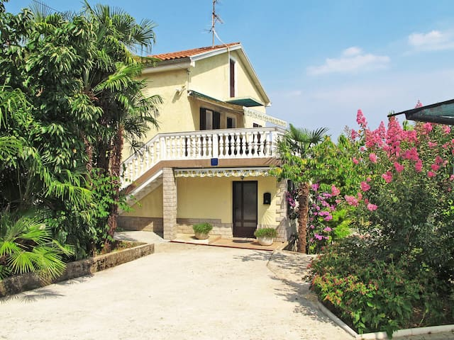Detached house Luciano in Lovran - Lovran - Rumah
