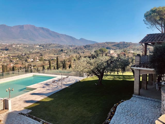 Villa Fabia, just a few kilometres from Roma