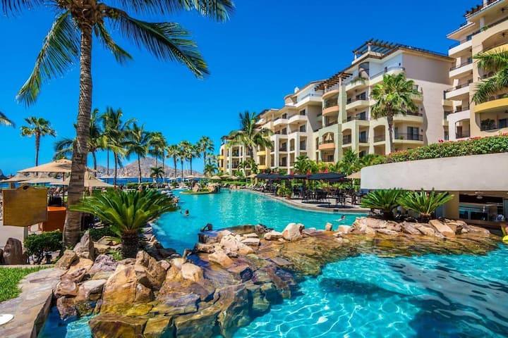 Cabo Luxurious Condominium Oceanview 5-star resort