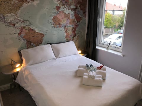Luxury + Parking + TV | Man Airport | Altrincham