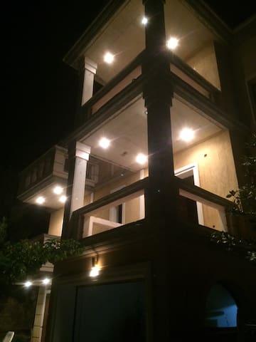 Villa Papapostolou 1500τμ
