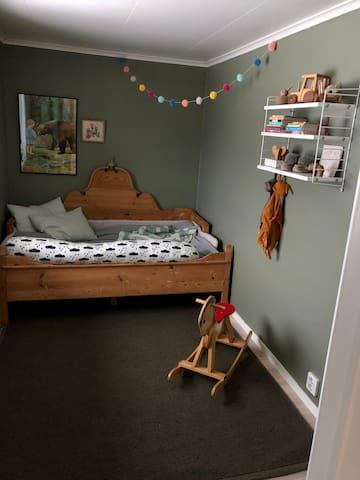 Bed 105x170
