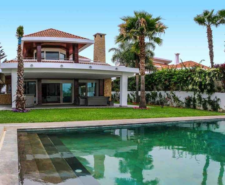 Très belle villa à Bouznika sur golf