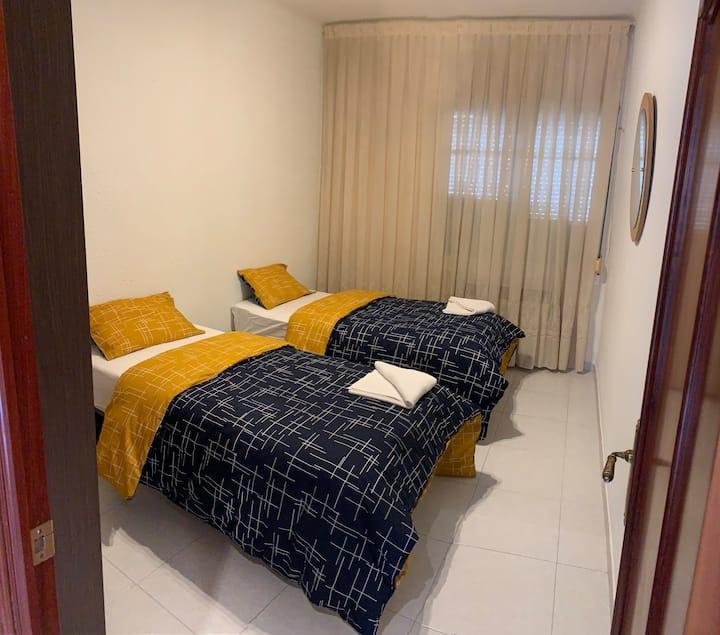 Habitación confortable en el centro de Logroño