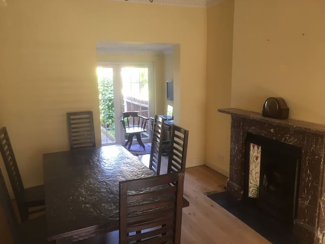 Spacious Area with quick access to central London